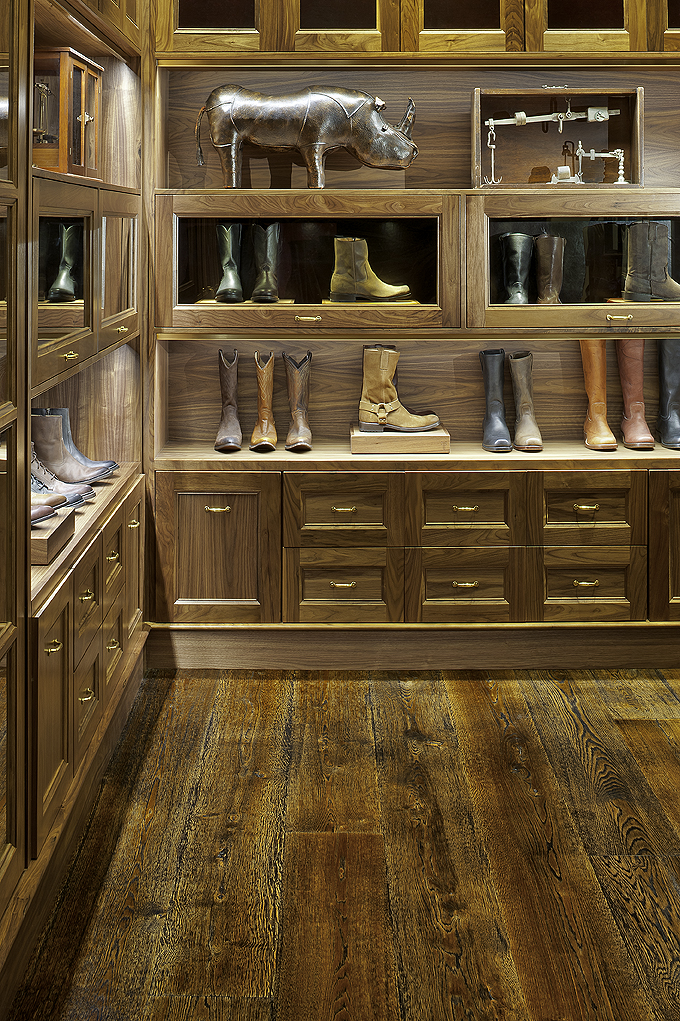 Natural character grade White Oak flooring - Frye Boot Store, Manhattan, NYC.