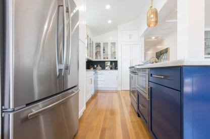 Select grade quarter and rift sawn kitchen wood floor