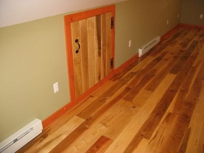 example of red maple wood floor grain