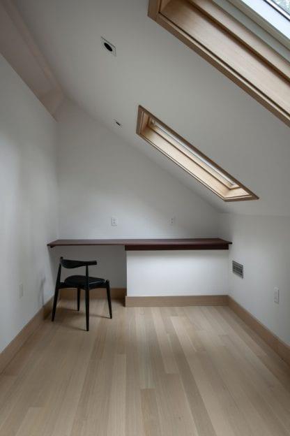 White Oak Flooring - Rift Sawn - Select
