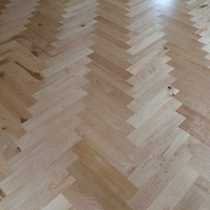 herringbone patter floor made from hard maple sap/heart blend